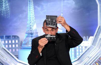 """Patrick BRuel, Gérard Louvin, Maud Fontenoy (...) invités de """"Salut les Terriens"""" sur C8"""