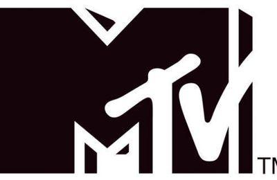 Nouvelle session des petits concerts MTV acex Marina Kaye et Gauvain Sers