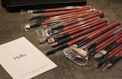 Le kit pinceaux de maquillage pas cher et de bonne qualité d'Anjou