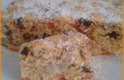 Gâteau noix de coco, bananes et pépites de chocolat