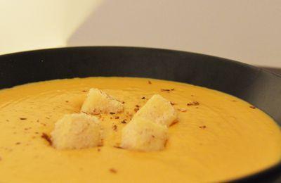 Velouté de butternut aux cèpes, Saint-Nectaire pané aux noisettes