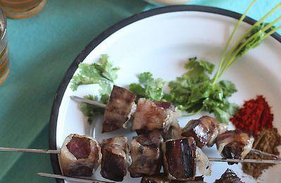 Boulfaf : Brochettes de foie à la crépine de mouton
