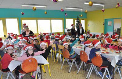 Le repas de Noël des écoliers