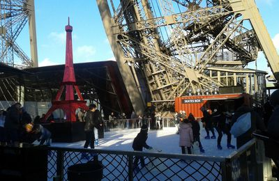 Tour Eiffel in winter time