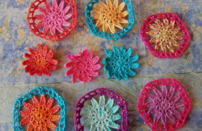 CROCHET : HEXAPLAID, 10 hexagones + assemblage