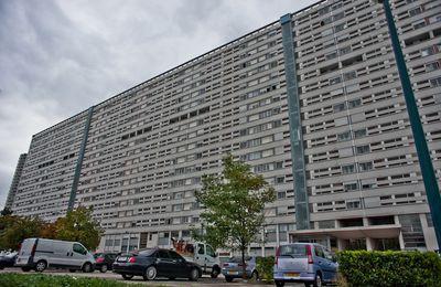 Lyon : démolition de la barre 230 à La Duchère / SOCIETE / LYON