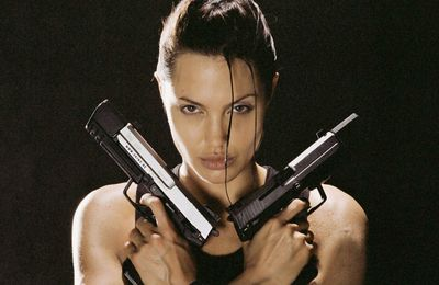 PSY GAMING : Lara Croft (avec Mady & Kemar) / HUMOUR
