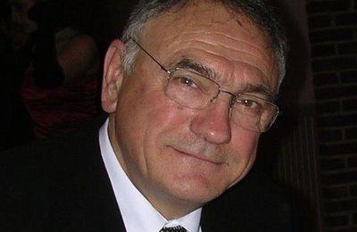 GLDF : Francs-maçons de la Grande Loge de France, qui sommes-nous ? Que faisons-nous? Conférence d'Yves-Max Viton, ancien Grand-Maître à Poissy le 23 mars 2017.