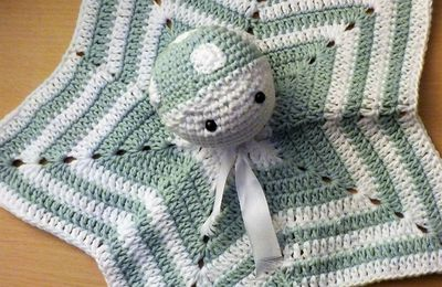 serial crocheteuses and more n° 369 : étoile