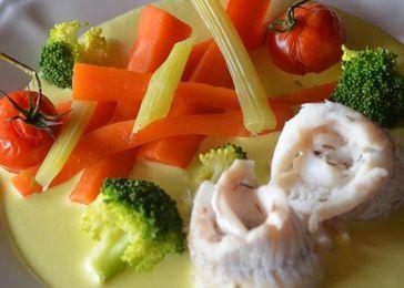 Filets de poisson blanc sauce safranée