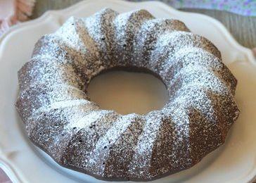 Gâteau très chocolat à la compote de pommes (sans beurre et sans oeufs)