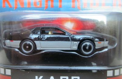 K.A.R.R KNIGHT RIDER K2000 PONTIAC FIREBIRD 1989 RETRO ENTERTAINMENT HOT WHEELS 1/64 SERIE TV AVEC DAVID HASSELHOFF