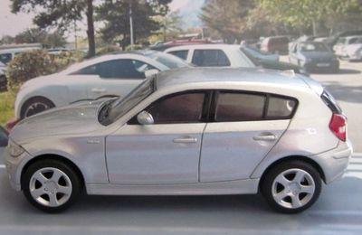BMW SERIE 1 NEWRAY 1/43