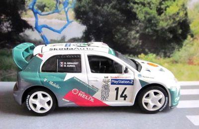 FASCICULE N°12 SKODA FABIA WRC TOUR DE CORSE 2003 IXO 1/43