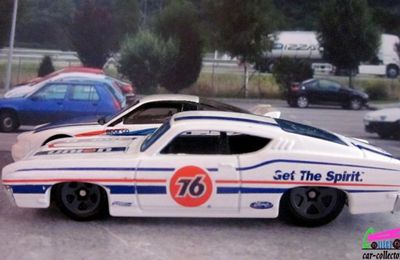 69 FORD TORINO TALLADEGA 1969 HOT WHEELS 1/64