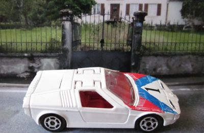 258-D BMW M1 TURBO MAJORETTE 1/60