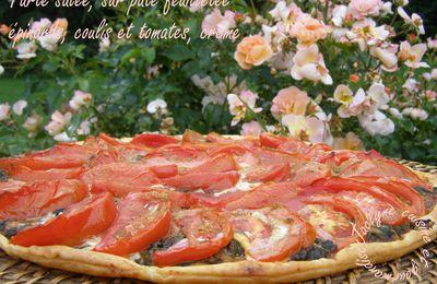 Tarte salée, épinards, comté, coulis, tomates, crème, sur pâte feuilletée maison *Plat, entrée ou mises en bouche*