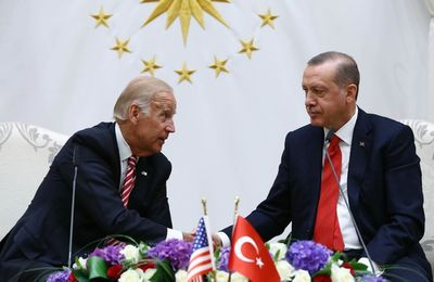HYPOTHESES. Joe Biden vint, vit, mais point ne vainquit la Turquie
