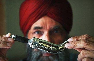 Un sikh portant son kirpan, le poignard rituel, a été condamné pour port d'arme illégal