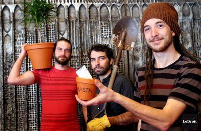 mastik, un trio canadien qui a vu le jour en 2008, un groupe franco-ontarien au service du rock