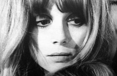françoise dorléac, une actrice française de légende qui était la soeur de catherine deneuve et qui perdit la vie à 25 ans dans un accident de la route