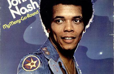 johnny nash, un chanteur et guitariste américain qui est le premier non jamaïcain à enregistrer du reffae en jamaîque