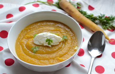 Soupe de patate douce carottes et coriandre