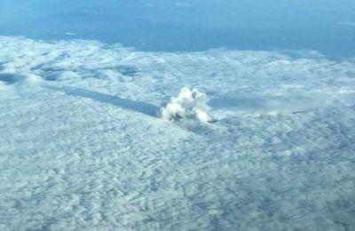 News of Turrialba, Villarica, Surabaya, Pu'u O'o and Sinabung volcanoes.