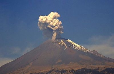 News of Popocatépetl, Cleveland and Kilauea.
