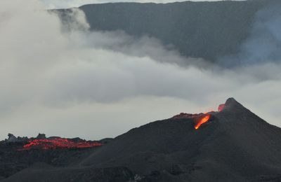News of Dukono, La Fournaise and Fagradalsfjall.