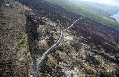 La Réunion 11 - The road of  lava and the flows of the Grand Brûlé 2004 and 2007.