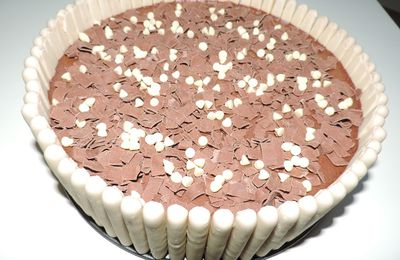 Charlotte aux Fingers Blancs, poires et chocolat