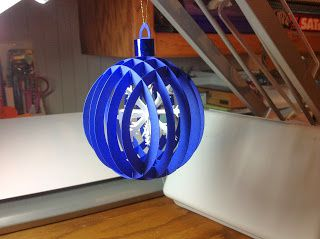 Kirigami gratuit boule de noel avec flocon de neige