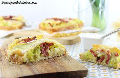 Tartine Poireaux, Bacon & Reblochon {Sauce Moutarde}