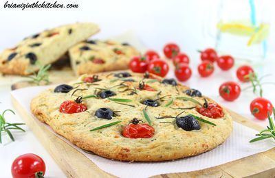 Focaccia Tomates, Olives & Herbes