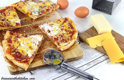 Pizza Bacon, Cheddar & Oeufs