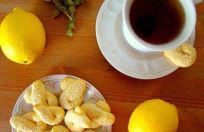 GOUTER : Tisane de montagne et koulourakia au citron