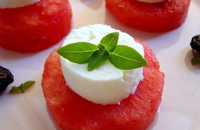 MEZES : Petite bouchée raffraichissante, pastèque feta