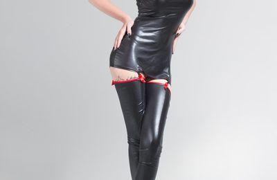Robe sexy et bas couture laque Catanzaro