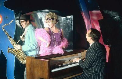 Brigitte Bardot...Passez un bon dimanche en sa compagnie...