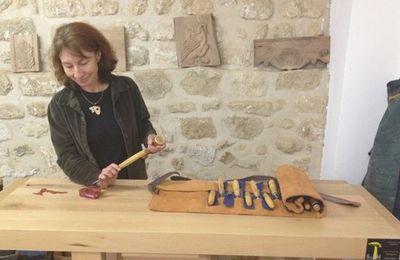 Nos artisans ont du talent : Emmanuelle Maire, créatrice de bijoux en bois