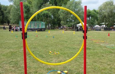 Samedi 17 Juin Fête du sport des 40 ans au parc Nord des Ulis : L'athlé au milieu du terrain de rugby ;-).