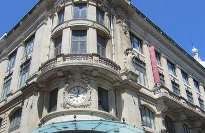 Bordeaux : les salariés des Galeries Lafayette se mobilisent pour sauver la fille d'une collègue
