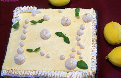 Tarte citron-noisettes meringuée