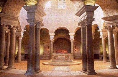 De l'eucharistie face à l'Orient à celle des fesses presbytérales offertes à l'Assemblée des disciples du Christ