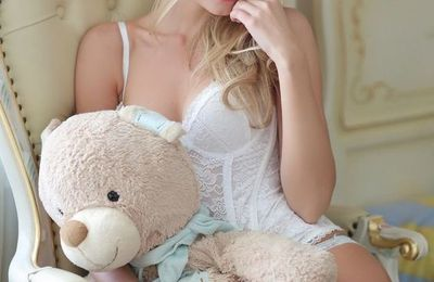 Femme - Blonde - Sexy - Ourson - Picture - Free