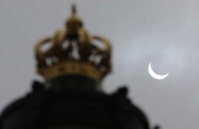 Suivez l'éclipse solaire en live !