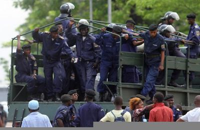 Manifestations violentes, pillages, morts et arrestations à Kinshasa