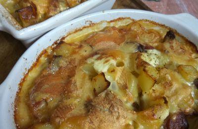 Ma tartiflette revisitée ( aux diots au Beaufort ) crème oignons et vin blanc ) suite de l'atelier gourmand .