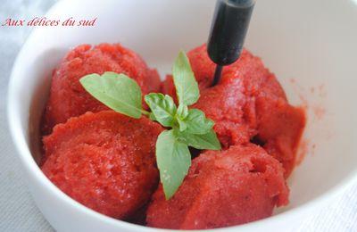 Sorbet à la fraise basilic et crème de balsamique
